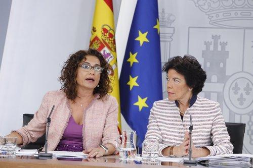 Rueda de prensa tras el Consejo de Ministros extraordinario