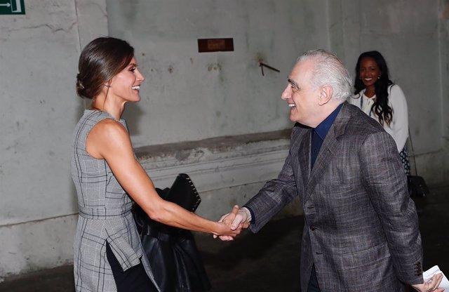 La Reina Letizia estrena top de Zara para recibir a Martin Scorsese