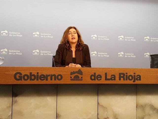 La portavoz del Gobierno riojano, Begoña Martínez-Arregui, en rueda de prensa