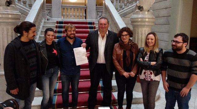 IU y Podemos presentan la reforma del estatuto