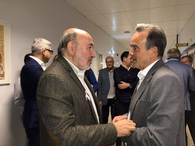 Sánchez Quero habla con alcalde de Calatayud antes de V Foro de Alcaldes de DPZ