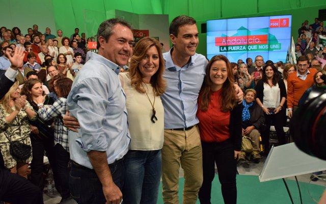 PSOE-A proclama a Susana Díaz como candidata a la reelección en presencia de Pedro Sánchez