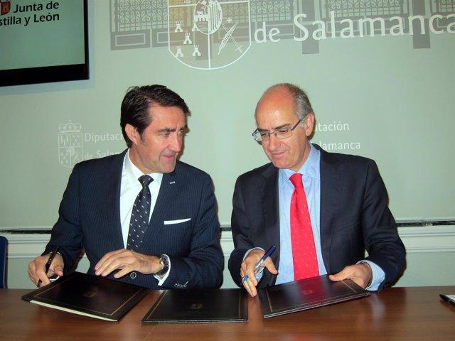 -Quiñones En La Firma Del Acuerdo Con Iglesias.