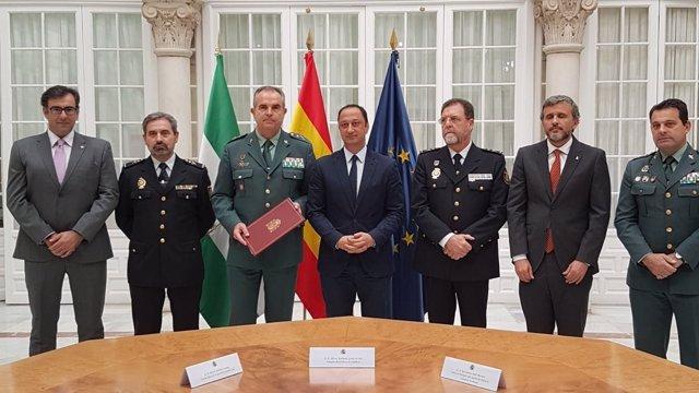 Firma de un nuevo protocolo de coordinación para asistencia en inmigración