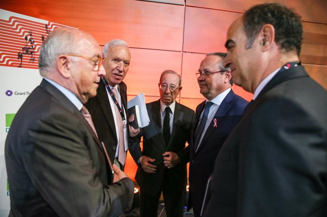 José Manuel García Margallo y Joaquín Almunia