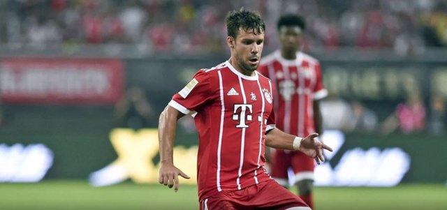 Juan Bernat en un partido con el Bayern Múnich