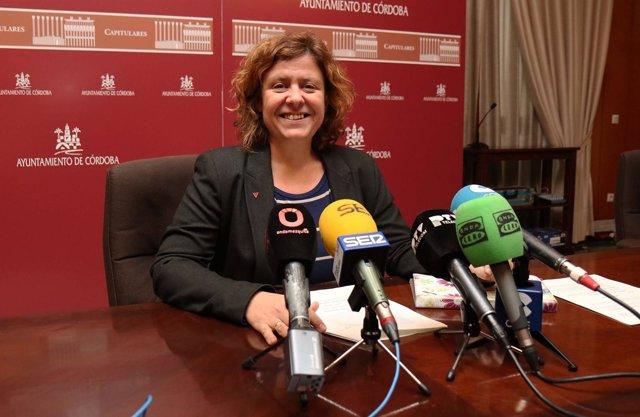 Alba Doblas en la rueda de prensa