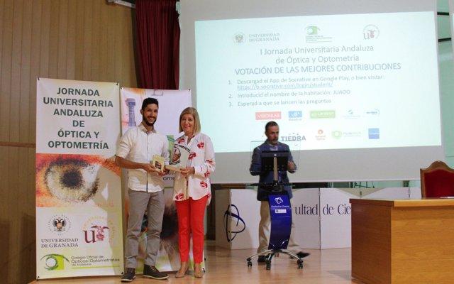 Unos 200 universitarios debaten sobre las últimas investigaciones en salud visual en Granada
