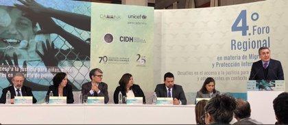 """La Comisión Nacional de DDHH pide a México rechazar la política """"racista"""" de Trump contra inmigrantes"""