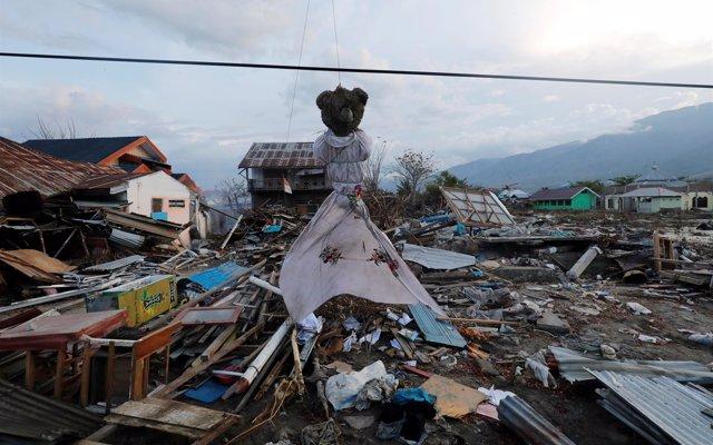 Gobierno y Unicef envían suministros, por valor de 60.000€, a Indonesia para ayudar tras el terremoto y el tsunami