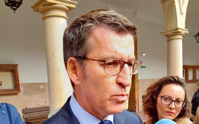Feijóo dice que será difícil vender las plantas de Alcoa si no existe una regulación clara sobre el precio de la energía