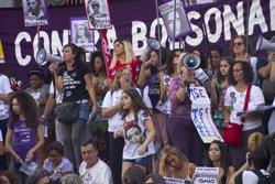 Milers de brasilers surten als carrers per protestar contra Bolsonaro: