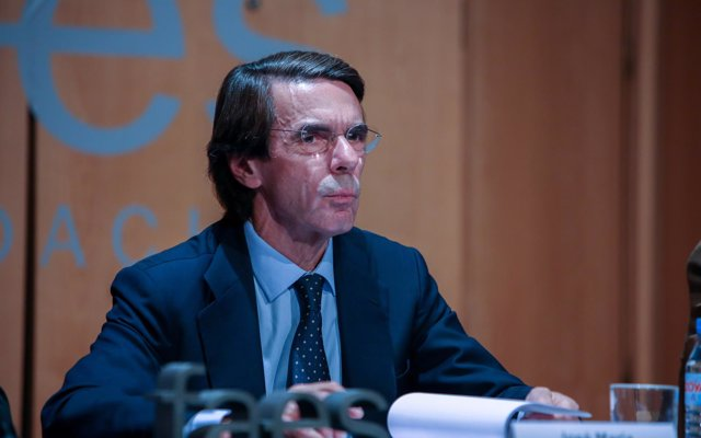 Aznar defiende que el Supremo revise la sentencia sobre las hipotecas y avisa de 'populismo judicial' en este caso