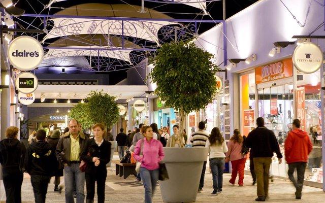 El empleo en la campaña de Navidad crecerá un 7,7% en Canarias y alcanzará el récord de más de 26.000 contratos