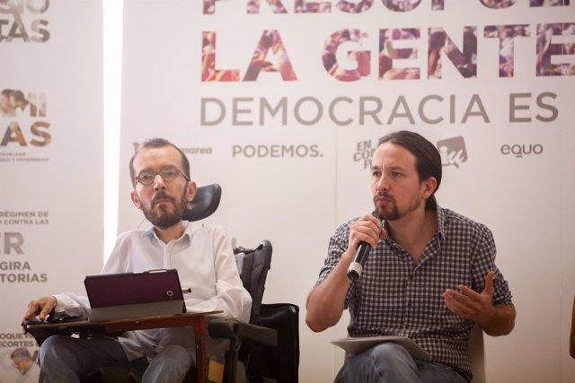Pablo Iglesias y Pablo Echenique en el Círculo de Bellas Artes de Madrid