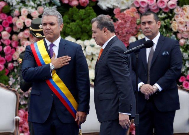 Iván Duque junto al presidente del Senado, Ernesto Macías