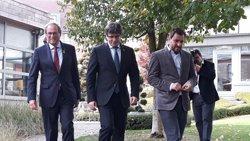 Puigdemont i Torra anuncien la inauguració del Consell de la República el 30 d'octubre al Palau de la Generalitat (Europa Press)
