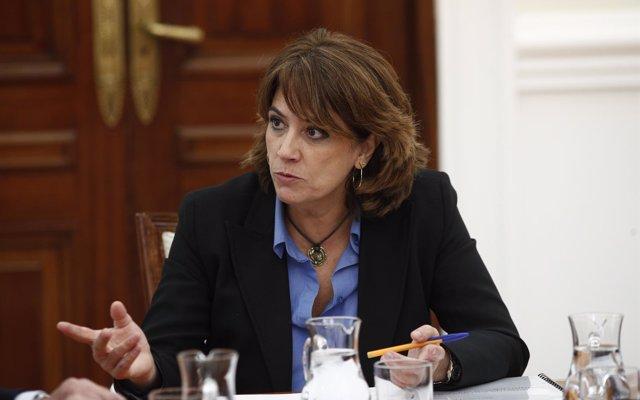 El PP llama a Delgado en el Senado de 'rehén' del presidente Sánchez, que no puede permitirse una dimisión más