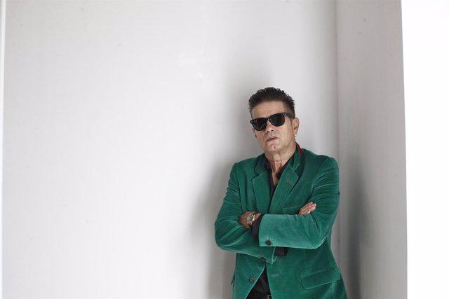 Santiago Auserón presenta su último disco