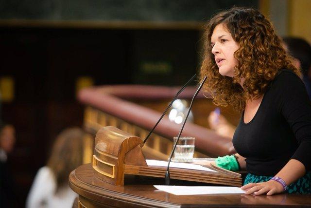 La diputada Sofía Castañón con pañuelo verde aborto