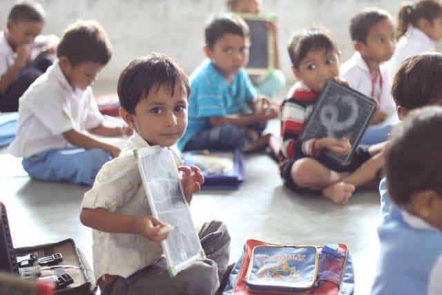 Los niños pobres pierde dos años de colegio frente a los niños ricos en México