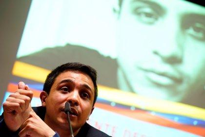 """El activista Lorent Saleh pide a la UE """"avanzar"""" en las medidas adoptadas para revertir la situación en Venezuela"""