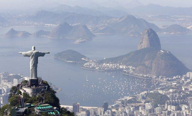 La estatua Cristo Redentor o Cristo de Corcovado de Brasil