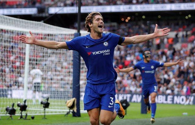 Marcos Alonso da la primera victoria al Chelsea