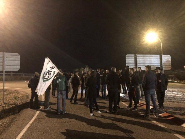 Corte de carreteras por la huelga de prisiones