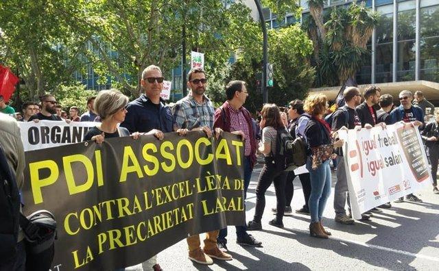 Imagen de archivo de una protesta de profesores asociados