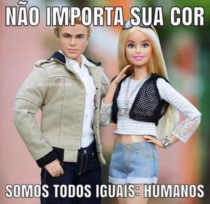 """""""Barbie y Ken, ciudadanos de bien"""", la última parodia contra Bolsonaro de las redes sociales brasileñas"""
