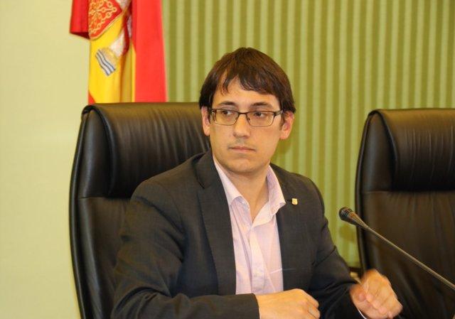 El conseller de Trabajo, Iago Negueruela, en comisión parlamentaria