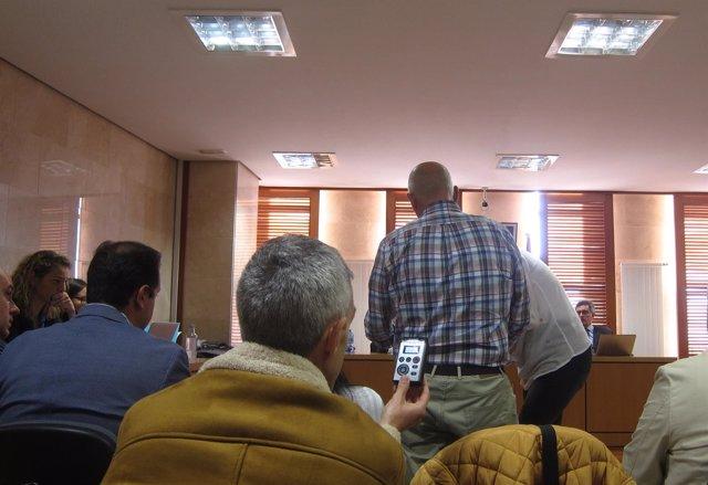 Juicio del caso Mahía. De espaldas, el principal acusado Ramón López Casal