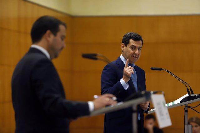 En Málaga, el presidente del PP-A, Juanma Moreno, participa en los Encuentros de