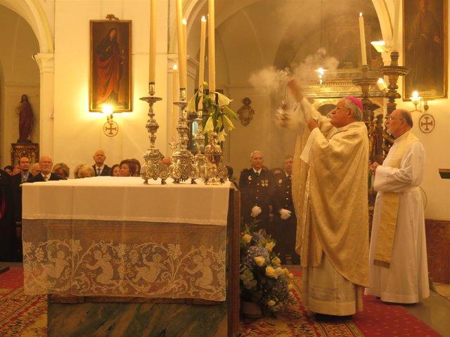 El obispo de Córdoba, en la misa en honor a San Rafael