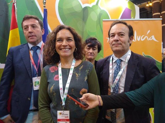 La consejera de Conocimiento, Lina Gálvez, en Fruit Attraction