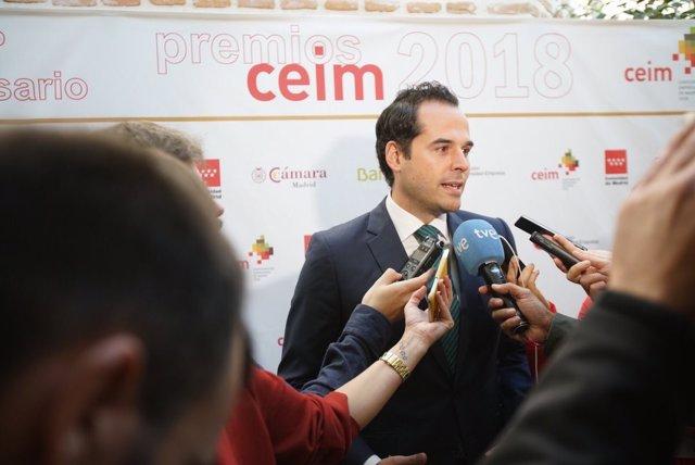 El portavoz de Cs en la Asamblea, Ignacio Aguado, en la sde de CEIM