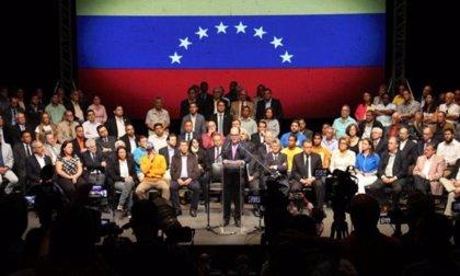 La alianza opositora venezolana Mesa de Unidad Democrática (MUD) desaparece formalmente