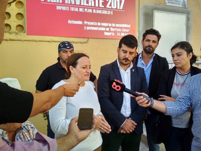 Visita de las diputadas provinciales Encarnación Niño y Loli Varo a Barbate