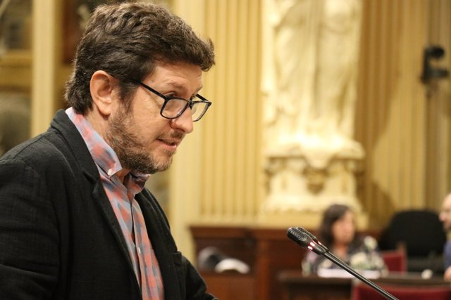 El diputado de Podemos, Alberto Jarabo, en el Parlament