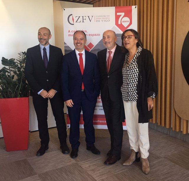 Javier Losada visita Zona Franca de Vigo