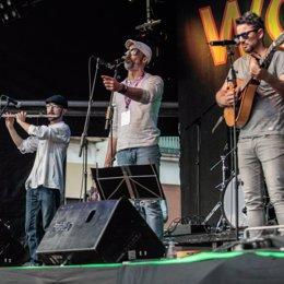 El grupo El Pelujáncanu actuará en el festival El Magusto de Carbajo