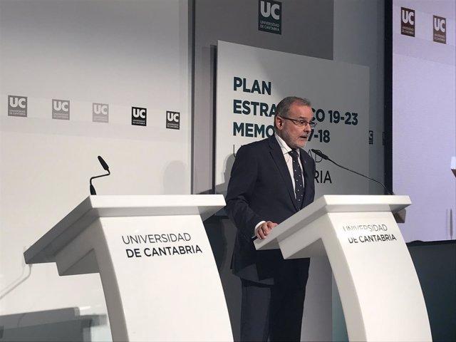 El rector de la UC, Ángel Pazos, presenta el Plan Estratégico 2019-2023