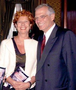 Carmen Alborch y el ministro Josep Borrell
