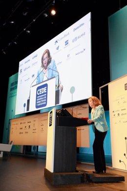 Nadia Calviño en un congreso en Palma