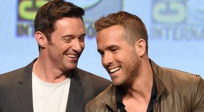 La genial felicitación de cumpleaños de Hugh Jackman a Ryan Reynolds... y su irónica respuesta