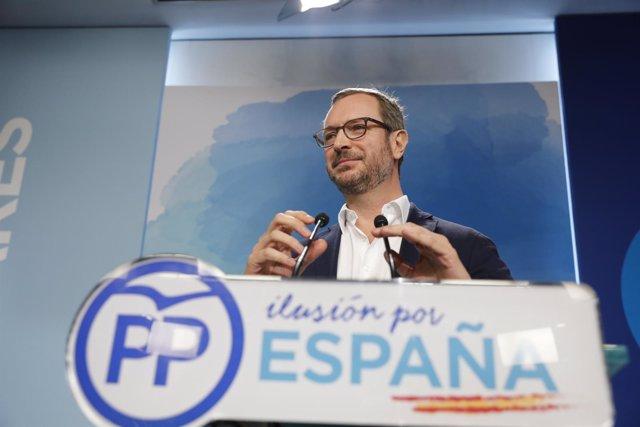 Rueda de prensa del vicesecretario de Organización del Partido Popular, Javier M