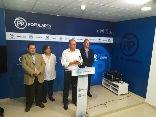 Monago y los portavoces del PP en las diputaciones y la Fempex