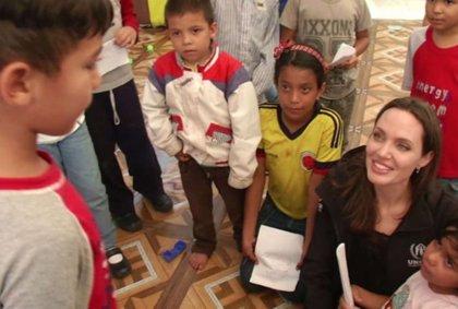 Difunden el momento más tierno de la visita de Angelina Jolie a Perú