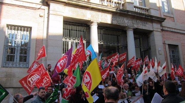 Emplados públicos concentrados en Toledo